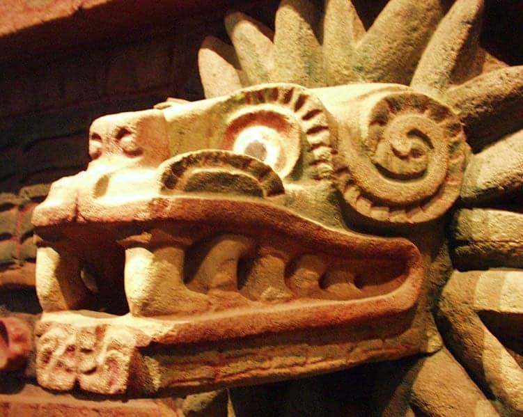 Quetzalcóatl bird god